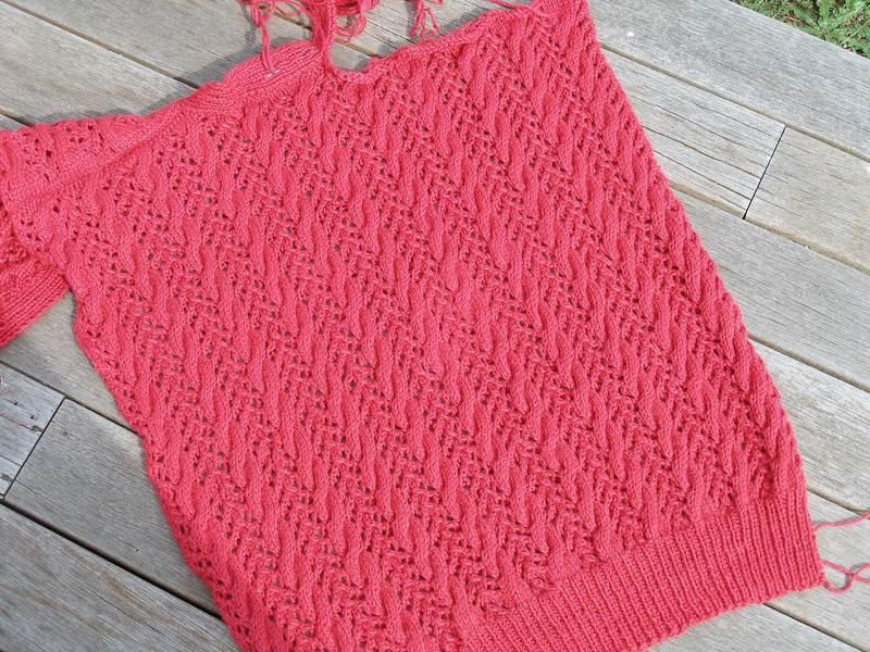 Redsweaterbackw